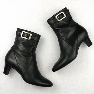 """Cole Haan Side Zip 2"""" Heeled Ankle Boots Sz 5.5B"""
